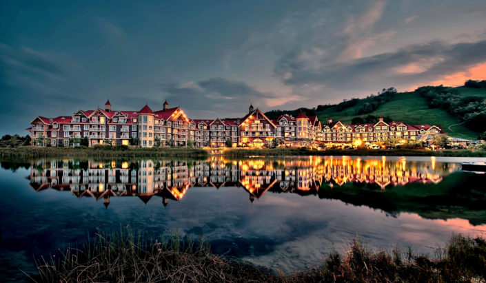 collingwood Blue mountain westin reflection
