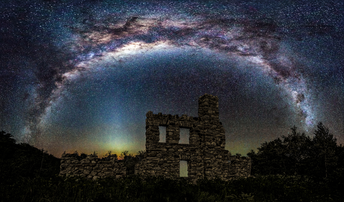 Collingwood Galaxy Above Castle Glen