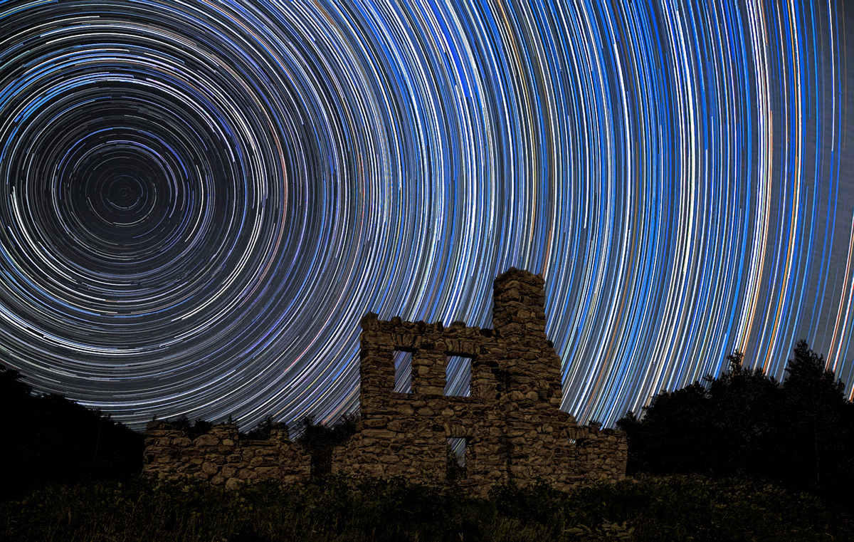 collingwood castle glen with Star Trails